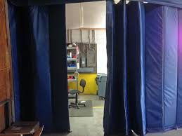 industrial insulated curtains with blue color as divider for