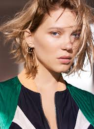 léa seydoux with all gifts