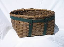 Bathroom Towel Decorating Ideas Awesome Traditional Rattan Towel Storage Baskets For Classic Bath