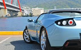 tesla roadster price elon musk the new tesla roadster can travel some 400 miles on a