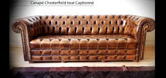 canap chesterfield cuir canapé chesterfield capitonné 3 places marron patiné longfield