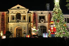 where to see the best outdoor christmas light displays in dallas