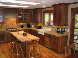 kitchen colors with oak cabinets and black countertops wallpaper