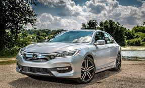honda jeep 2007 2017 honda accord sedan pictures photo gallery car and driver