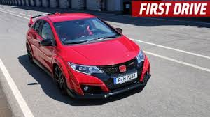 honda hatchback type r of god the honda civic type r looks absolutely