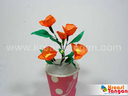 tutorial kerajinan tangan dari kertas gulung membuat bunga dari kertas krep kreasi tangan