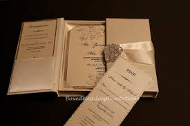 wedding invitations in a box seal and send wedding invitations trendy new designers