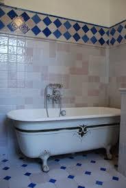carrelage mural cuisine provencale carrelage bleu méditerranée cuisine salle de bains faïence