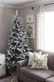a very chartreuse u0026 gold christmas tree u0026 treetopia giveaway