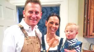 dierks bentley daughter joey rory share precious first with daughter indy country rebel