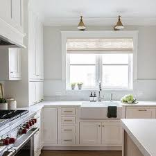 white kitchen cabinets what color hardware kitchen cabinets brass hardware design ideas