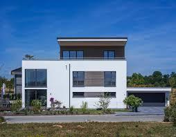 stunning modern home exterior designs that make a statement