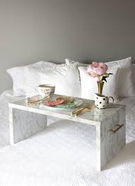 Diy Marble Coffee Table by Sweetheart Pancakes U0026 Diy Faux Marble Bed Tray U2014 Vacasa