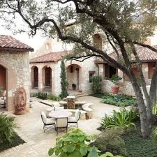 Best  Spanish Courtyard Ideas Only On Pinterest Spanish House - Home designs with courtyards
