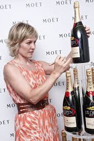 back view of amy carlson hair amy carlson photos photos the moet chandon suite at the us open