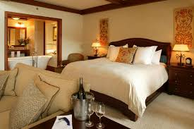 hotel avec bain a remous dans la chambre une nuit à l hôtel châtelaine