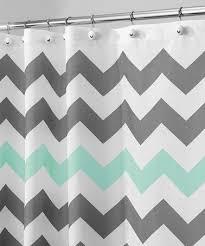 chevron bathroom ideas ponad 1000 pomysłów na temat gray chevron bathroom na pintereście
