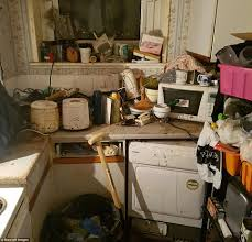 What Is Spring Cleaning West Midlands Hoarder U0027s House Transformed In Spring Clean Daily
