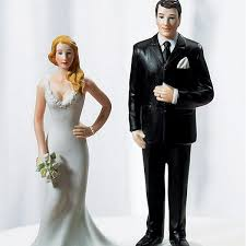 wedding toppers and groom big and groom figurine cake topper