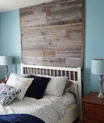 mur de chambre en bois mur en bois de grange dans une chambre notre chambre