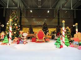 Commercial Christmas Decorations Rental by Santa Sets Mm Display Commercial Holiday Decor Installation And