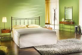 deco chambre vert chambre verte 15 idées et inspirations déco pour nous apaiser