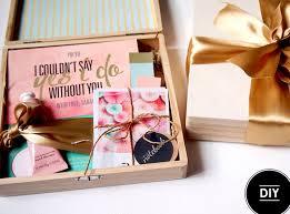 bridesmaids boxes be my bridesmaids boxes diy tutorial box wedding and weddings