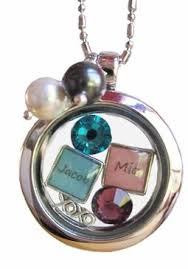 Mothers Necklace With Initials 74 Best Grandmother Necklace With Names Images On Pinterest