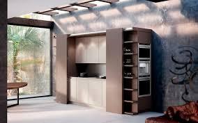 falttür küche moderne küche holz versteckte metamorphosis lineaquattro