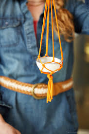 how to diy mini macramé plant hangers think make share