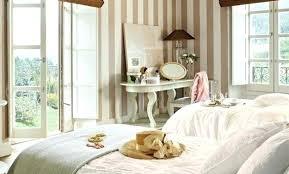 deco chambre romantique beige deco chambre taupe et blanc 9 decoration beige lzzyco deco chambre