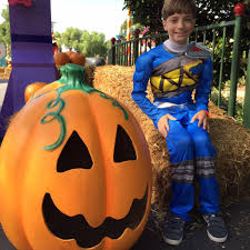ultimate brick or treat halloween party at legoland california