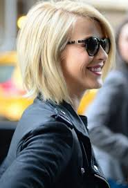 julianne hough shattered hair 30 cheerful everyday look hairstyle for girls angled bobs