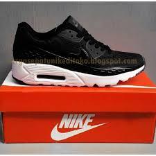 Nike Asli perbedaan nike free dan nike air max