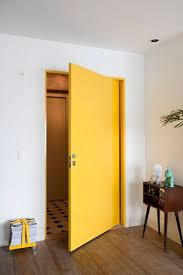 Butter Yellow Kitchen Cabinets Best 25 Yellow Bedroom Paint Ideas On Pinterest Yellow House