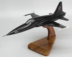 mig 28 top gun movie fighter aircraft desktop wood model small new