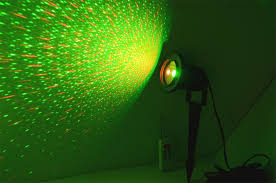Laser Projector Christmas Lights by Laser Christmas Displays Raise Safety Concerns For Pilots Ktvn