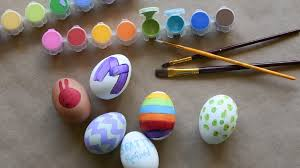 Decorate Easter Eggs 10 Clever Ways To Decorate Easter Eggs Seattle Refined