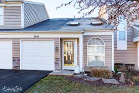 1809 kenneth circle elgin il 60120 properties