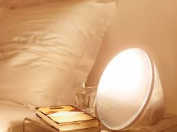 philips morning wake up light this wake up light could make getting out of bed in the mornings a