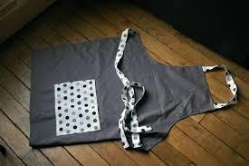 tablier de cuisine fait tablier une souris sur le fil couture tricot bijoux