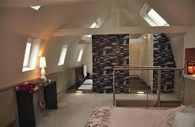 chambre parentale sous comble suite parentale avec salle de bain et dressing dans les combles