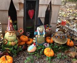 halloween garden gnomes musings from kim k even the gnome family decorates for halloween