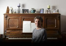 Richmond Hill teacher goes public with plans to restore     Toronto Star Susan Beattie runs the choir program at Walter Scott Public School where she teaches Grade One