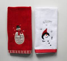 christmas towels how to use decorative towels to decorate your bathroom
