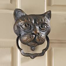 amazon com design toscano black cat iron door knocker home u0026 kitchen