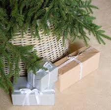 Christmas Tree Skirt Burlap Willow Christmas Tree Skirts U2013 Happy Holidays