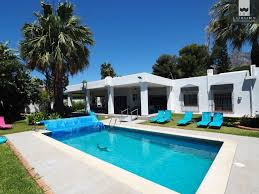 10 bedroom house partially refurbished 10 bedroom villa in a great location on the