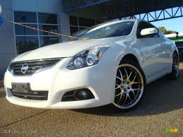 Nissan Altima Coupe 2010 - 2010 winter frost white nissan altima 3 5 sr coupe 39666681