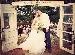 Outdoor Backyard Wedding Savvy Deets Bridal Real Weddings Jordan U0026 Justin U0027s Country